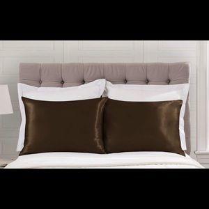 Other - Silk/Satin Pillowcases 2 Queen/Standard size 🆕
